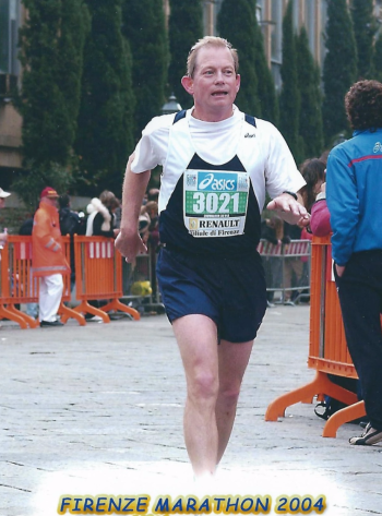Firenze marathon final curve 2004 cropped